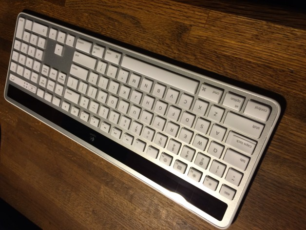 Solar Wireless Logitech Keyboard Mac
